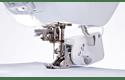 Innov-is XV швейно-вышивальная машина 4