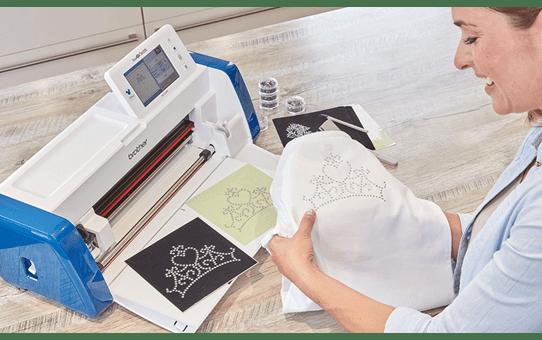 ScanNCut SDX2200D Disney Schneidemaschine für Heim und Hobby 4