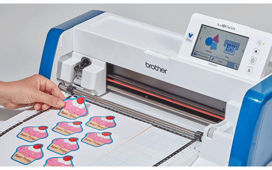 ScanNCut SDX2200D Disney Home and hobby cutting machine 7