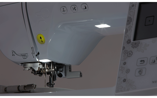 Innov-is NV880E borduurmachine voor thuisgebruik 9