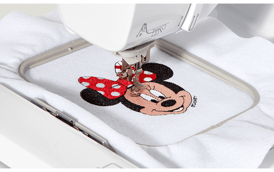 Innov-is M240ED embroidery machine 6