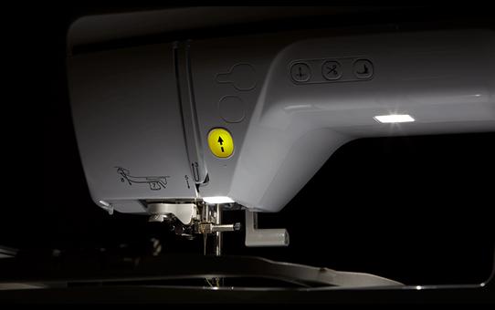 Innov-is NV870 Special Edition borduurmachine 9