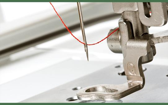 Innov-is V3 embroidery machine 6
