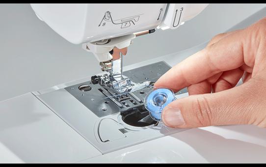 Innov-is A150 компьютеризованная швейная машина  4