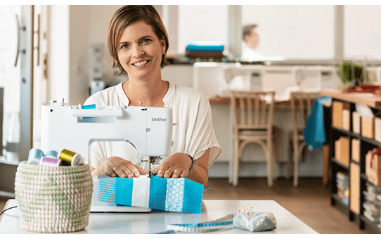 Innov-is A150 sewing machine 6
