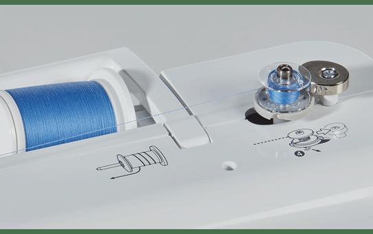 Innov-is A80 компьютеризованная швейная машина  3
