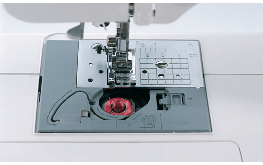 CS10 компьютеризованная швейная машина  3