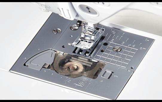 Innov-is F410 Nähmaschine 7