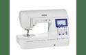 Innov-is F420  компьютеризованная швейная машина  2