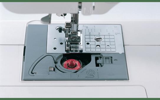 FS-20 компьютеризованная швейная машина  4