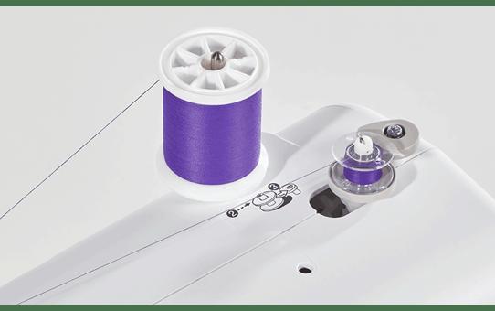 FS70E компьютеризованная швейная машина  3