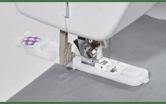FS70E компьютеризованная швейная машина  4