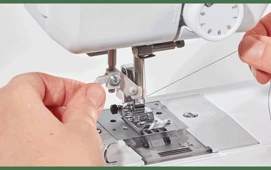 FS70E компьютеризованная швейная машина  10
