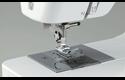 HF 27 электромеханическая швейная машина  3