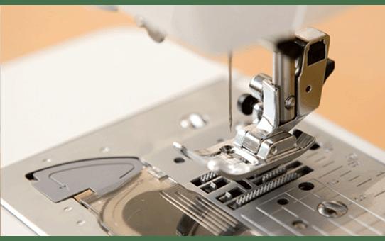 JS-70E компьютеризованная швейная машина 5