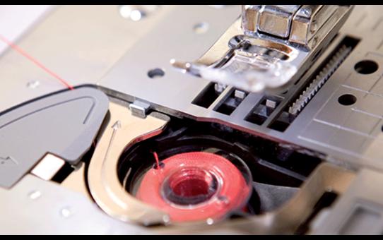 ML-750 компьютеризованная швейная машина  2