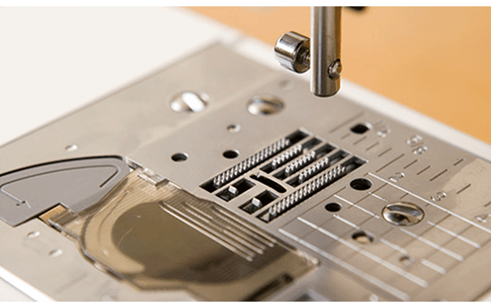 ModerN 60e компьютеризованная швейная машина  3