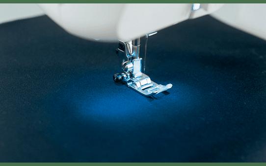 MS40 компьютеризованная швейная машина  4
