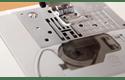 Innov-is 10 компьютеризованная швейная машина  6