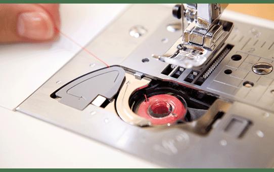 Innov-is 15 sewing machine 5