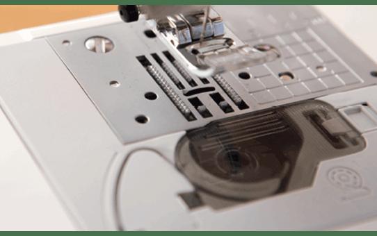 Innov-is 25 компьютеризованная швейная машина  5