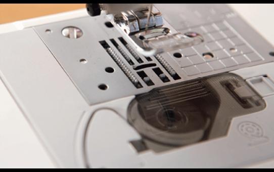 Innov-is 30 компьютеризованная швейная машина  6
