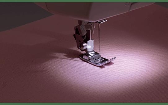 RS40s электромеханическая швейная машина  2