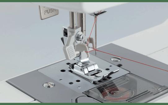 Satori 200 электромеханическая швейная машина  4