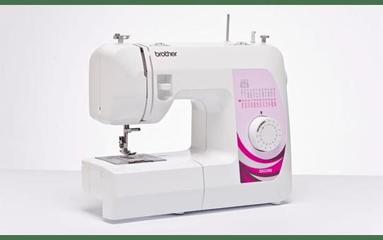 XN2500 Machine à coudre
